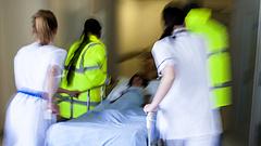 Minden betegszállító felmondott a hatvani kórházban