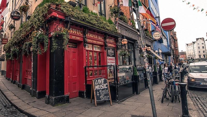 Adóssághegy omlik az írekre a brexit miatt
