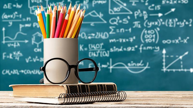 Brit felsőoktatás: felülvizsgálják a tandíjrendszert