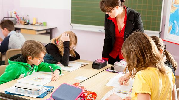 A németországi tanárok visszaállítanák a maszkviselési kötelezettséget