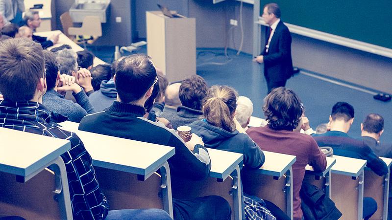 Megszavazták a Szegedi Tudományegyetem modellváltását, de feltételekkel