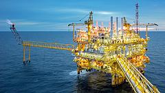 Amerika teleönti olajjal a világot