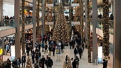 Karácsony: rekordot dönt a magyarok költekezési kedve