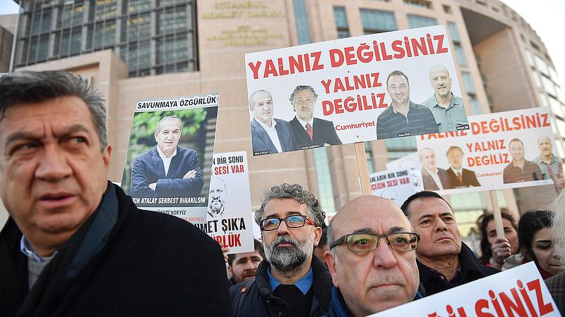 Segítséget kértek a törökök