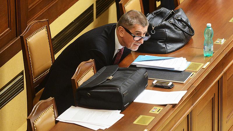 Nincs cseh kormány - jövő héten kezdődhet a káosz