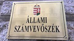 Az ÁSZ górcső alá veszi a Fideszt is
