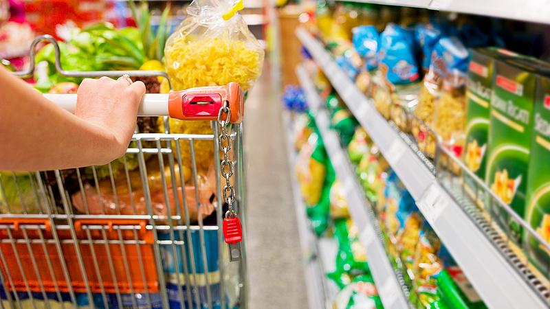 Lecsapott a hatóság: 105 tonna élelmiszert semmisítettek meg