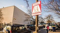 Új közlekedési táblát vezettek be - erre nagyon figyel a rendőrség