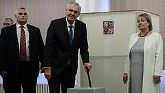 Ismét kórházba szállították a cseh elnököt
