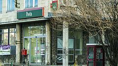 Több tízezer Magyar Posta-ügyfél pénzét csatornázzák át - 226 milliárd forintos vagyon a tét
