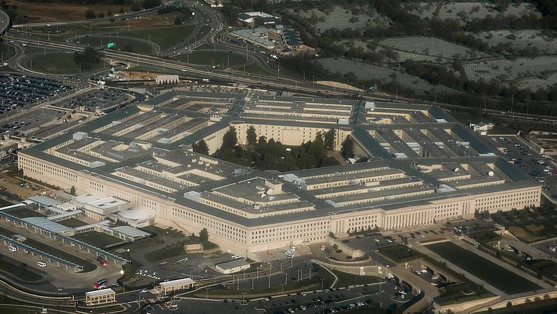 A Pentagon adta a pofont a Microsoftnak, a Jedi közbeszólt, az Amazon tarolhat