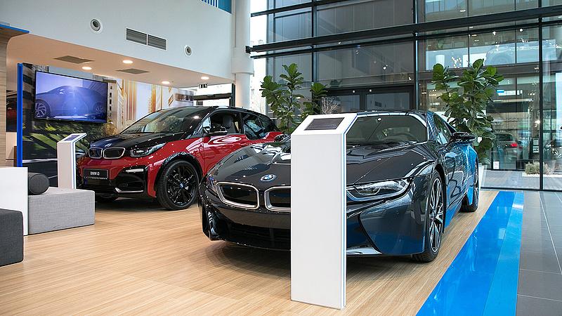 Hatalmas lépést tesz a környezetvédelem felé a tőzsde autós vállalata