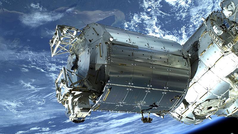 Landolt a Nemzetközi Űrállomáson a SpaceX űrhajó