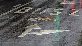 Nagy volt a tolongás a Budakeszi út buszsávjainak a tervezéséért