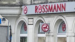 Asztalra csapna a Rossmann és a dm - elég volt a puhaságból!