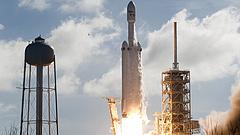 Teherűrhajót bocsájtott fel a SpaceX