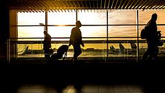 Nagy változás jöhet a reptereken - egyszerűsödik az életünk?