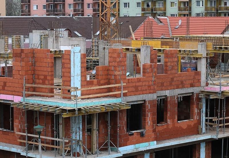 Csökkent az építőipari termelés az EU-ban és az euróövezetben
