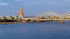 Az S&P javított Lettország adósi besorolásán