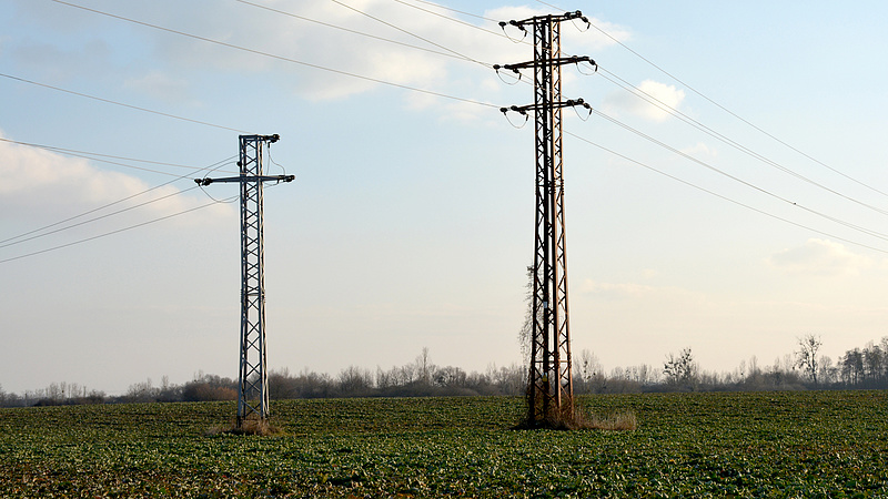 Drágul az áram, dühöngenek a fogyasztók