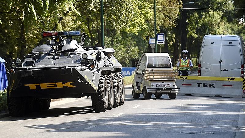 Páncélozott kamiont vett a terrorelhárítás