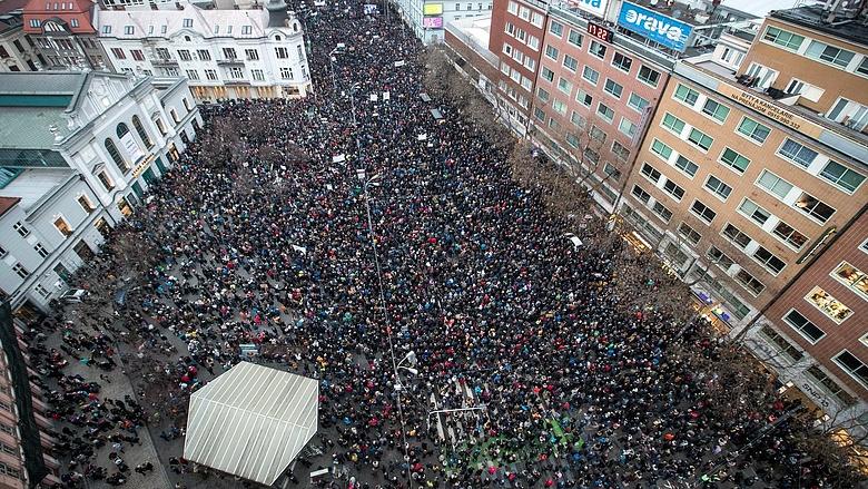 Tüntetés: Nagyon Nagy Tüntetés Volt Pozsonyban