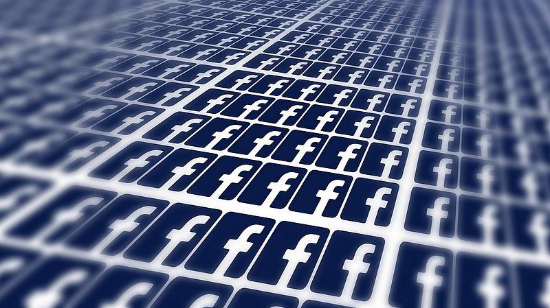 Gigantikus bírságot kapott a Facebook - ugrik a profit negyede