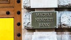 Keményet lépett az MNB: három tőzsdei céget is felfüggesztett