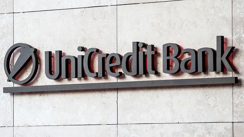 Fontos bejelentéssel állt elő az UniCredit Bank
