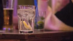 Hogyan lehetne népszerűbbé tenni nemzeti italunkat? - Érdekes kísérlet indult
