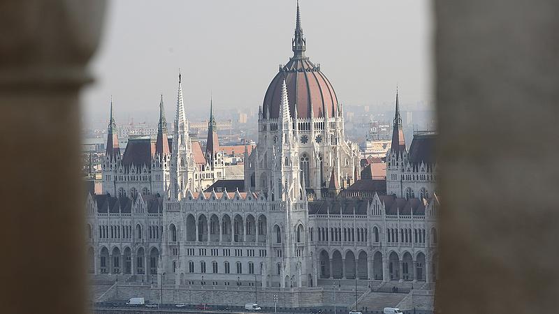 Nem lesz meg a kétharmad a Fidesznek - Medián