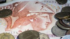 Megint a görögök miatt aggódik az IMF