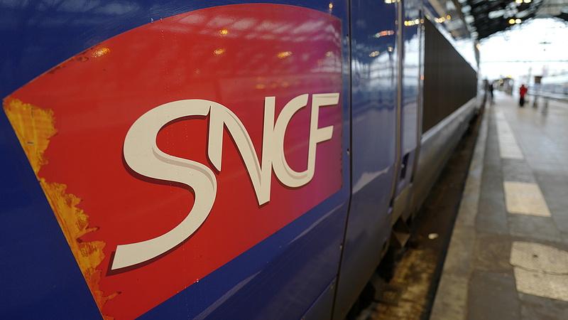 Macron teljesíti ígéretét - véget érhet a vasúti sztrájk