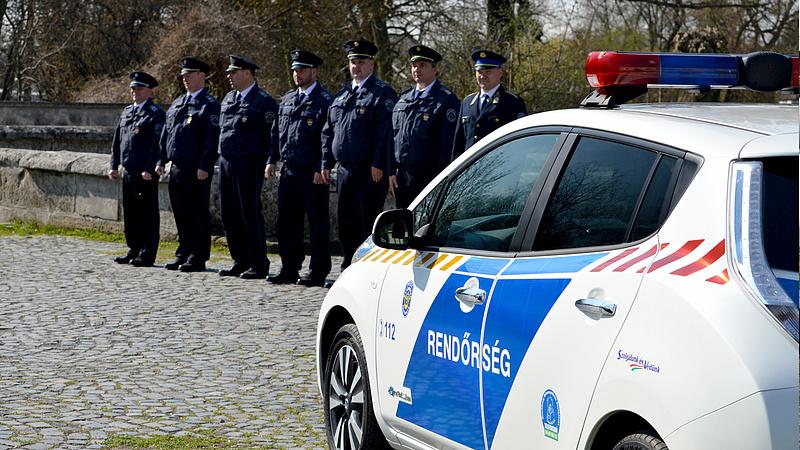 Pintér kinevezte az első női rendőrfőkapitányt