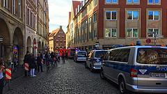 Tömegbe hajtott egy kisteherautó Németországban - többen meghaltak (frissített)