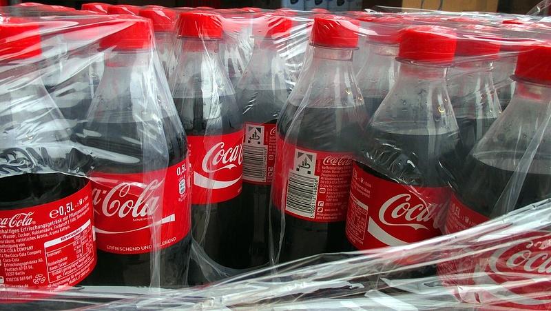 Leáll több Coca-Cola-gyár