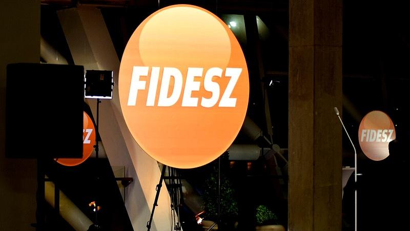 Tovább száguld a Fidesz - 400 ezer új szavazó