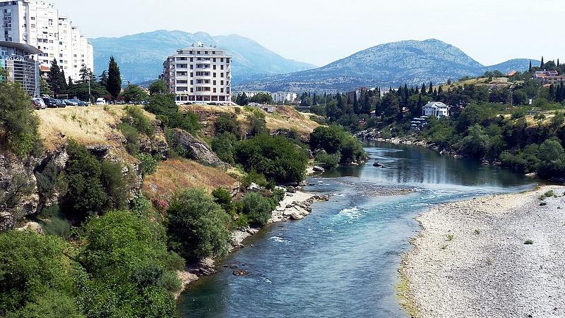 Montenegró is szigorít