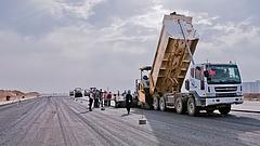 Erre készül az utakon a kormány - visszafogják a felújításokat