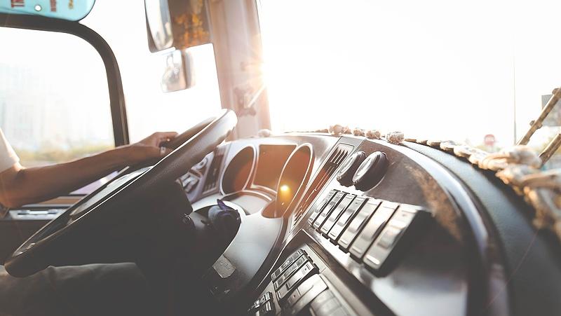 Jövőre jöhet az elektronikus jegyrendszer a helyközi tömegközlekedésben