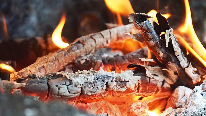 Tűzeset miatt nyugtat a NAV