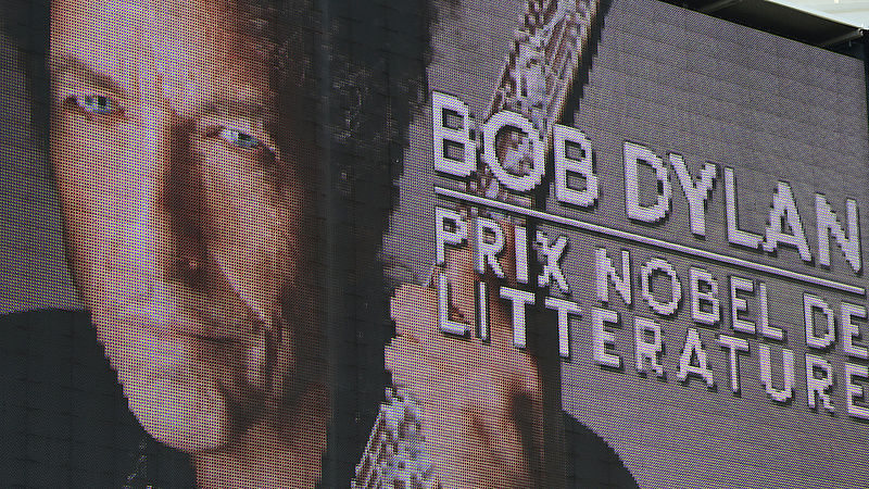 Bob Dylan új vizekre evez: saját whisky-kollekciót dob piacra