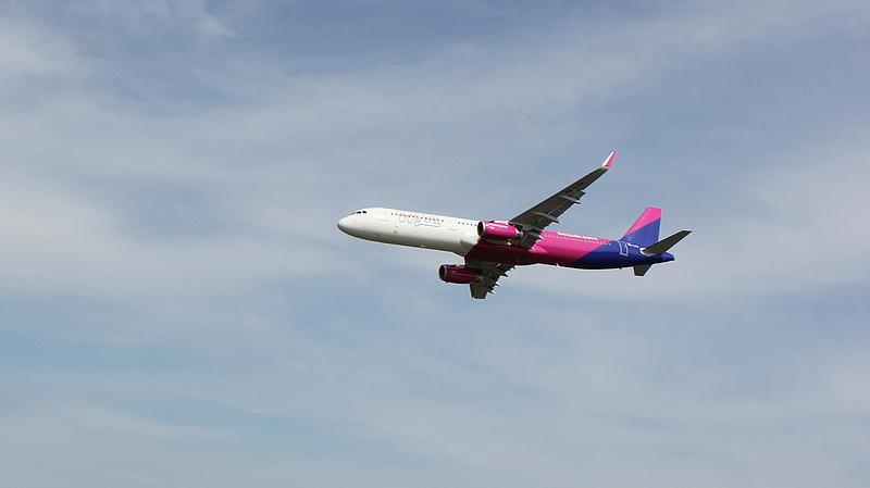 Ki nem találná, a bevétel hány százaléka jön a jegyeladásból Wizz Airnél