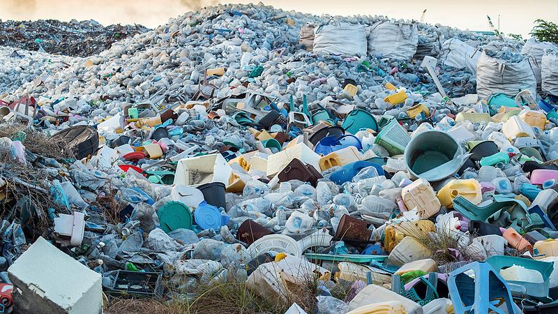 Kigyulladt egy hulladéktároló Nyírbátorban