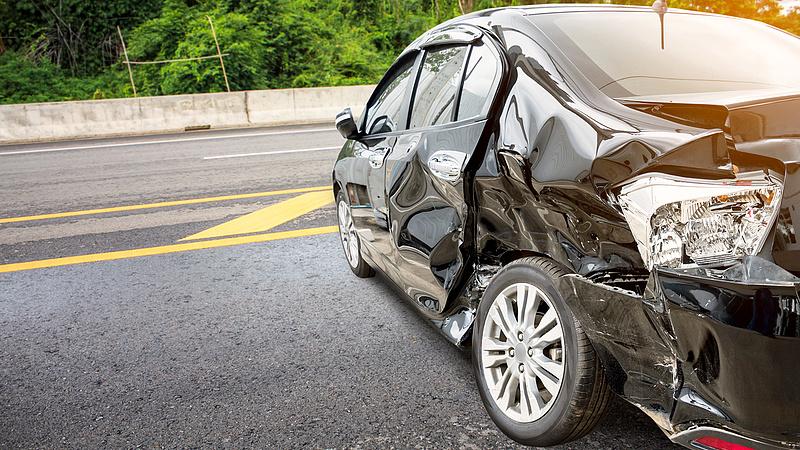 Ezek a legveszélyesebb járművek a magyar utakon - itt a lista