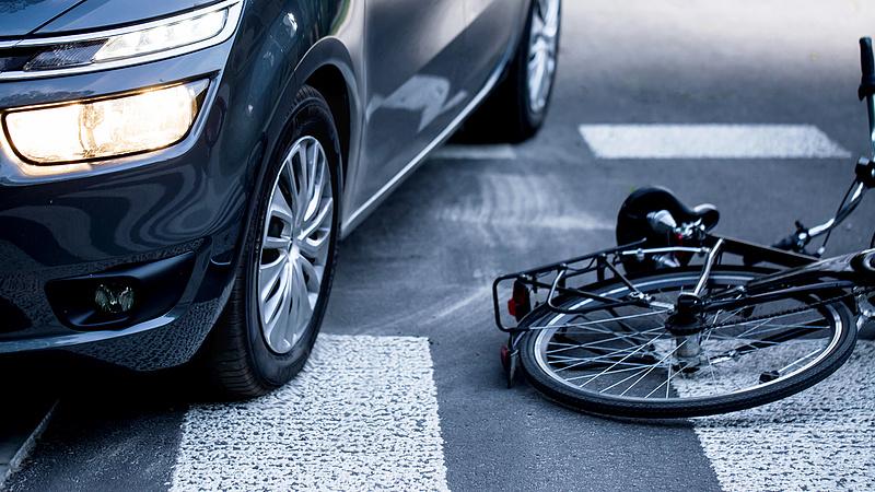 Ennyit az automata fékekről - durván nőtt a gyalogosgázolások száma