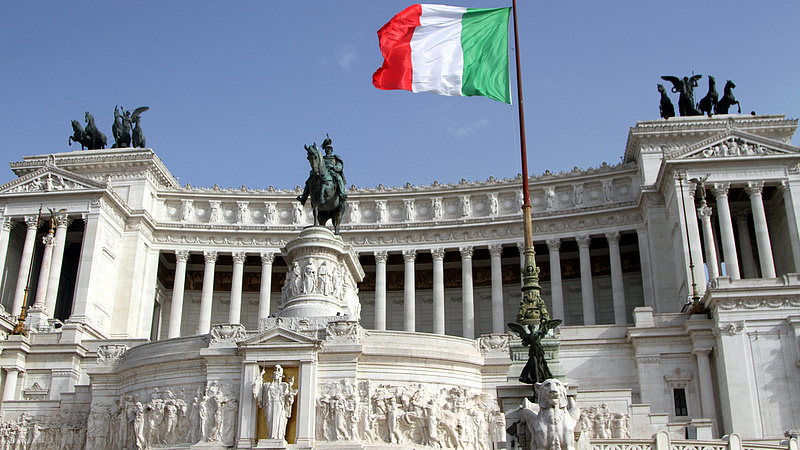 Amerikai légicsapás: mozgósították az olaszországi támaszpontokat