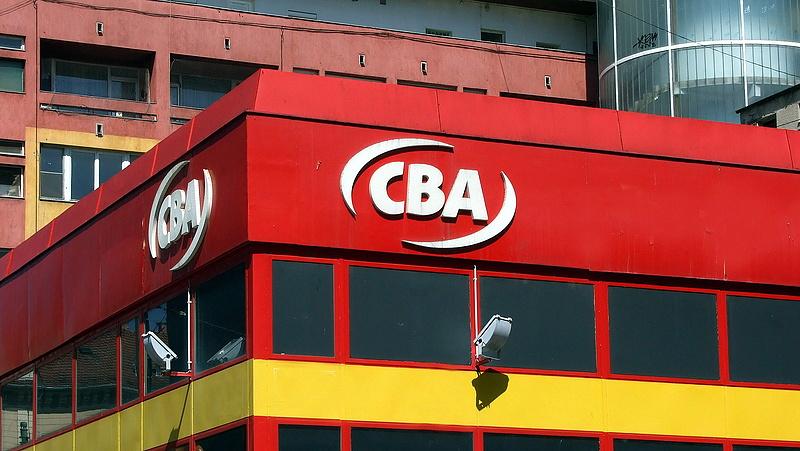 Kiszáll a CBA-ból az alapító