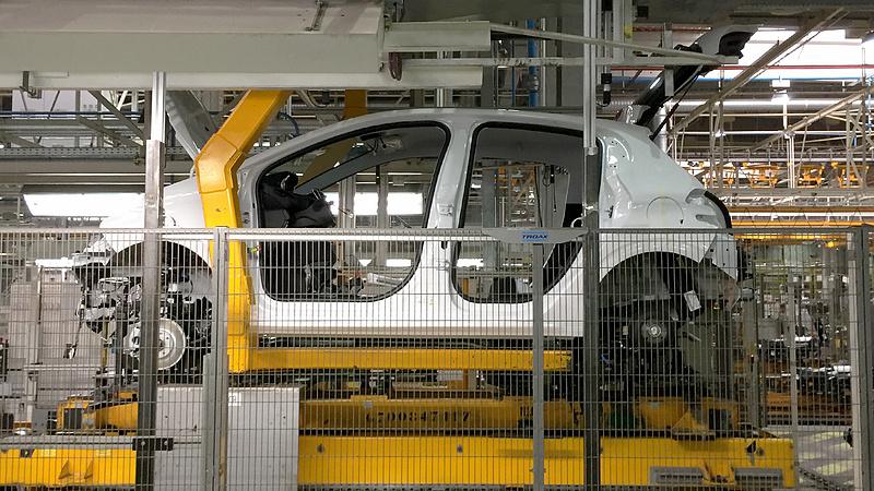 Kevesebb autót gyártanak Csehországban