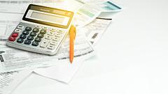 Nagy bajok jöhetnek a vállalati kifizetéseknél - készülni kell
